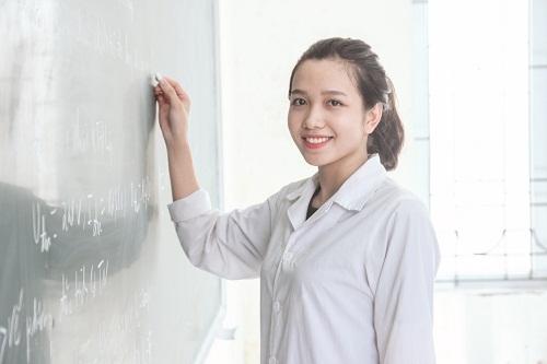 Hồ sơ xét tuyển Liên thông Cao đẳng Dược TPHCM năm 2018